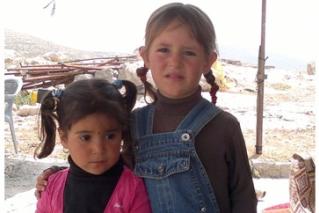 ילדות בח'רבת זנוטה. צילום: יפית ג'מילה ביסו