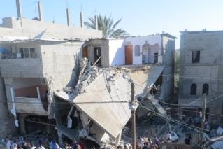 בניין שהופצץ בעזה. CC-BY: Muhammad Sabah, B'Tslelem
